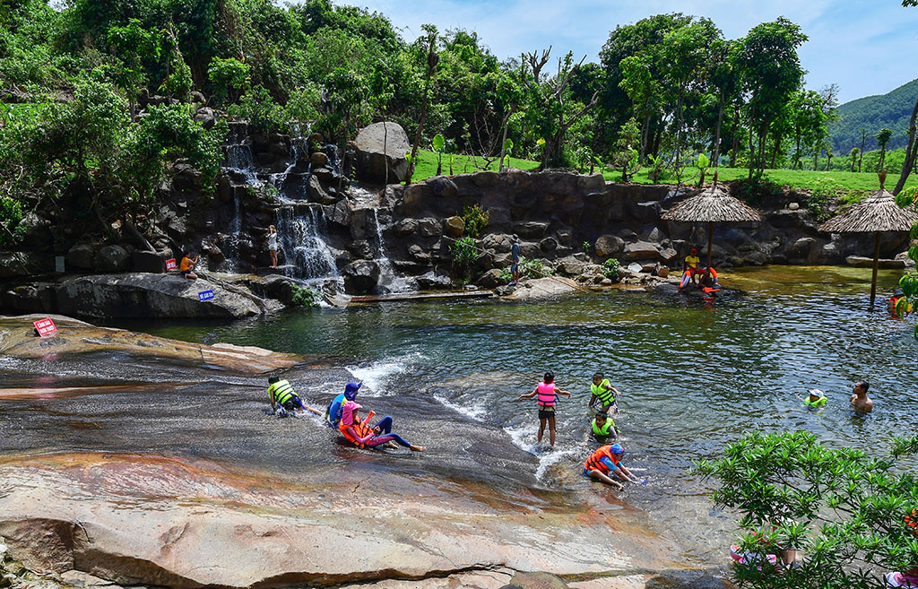 Waterfall sliding, an interesting experience of visitors