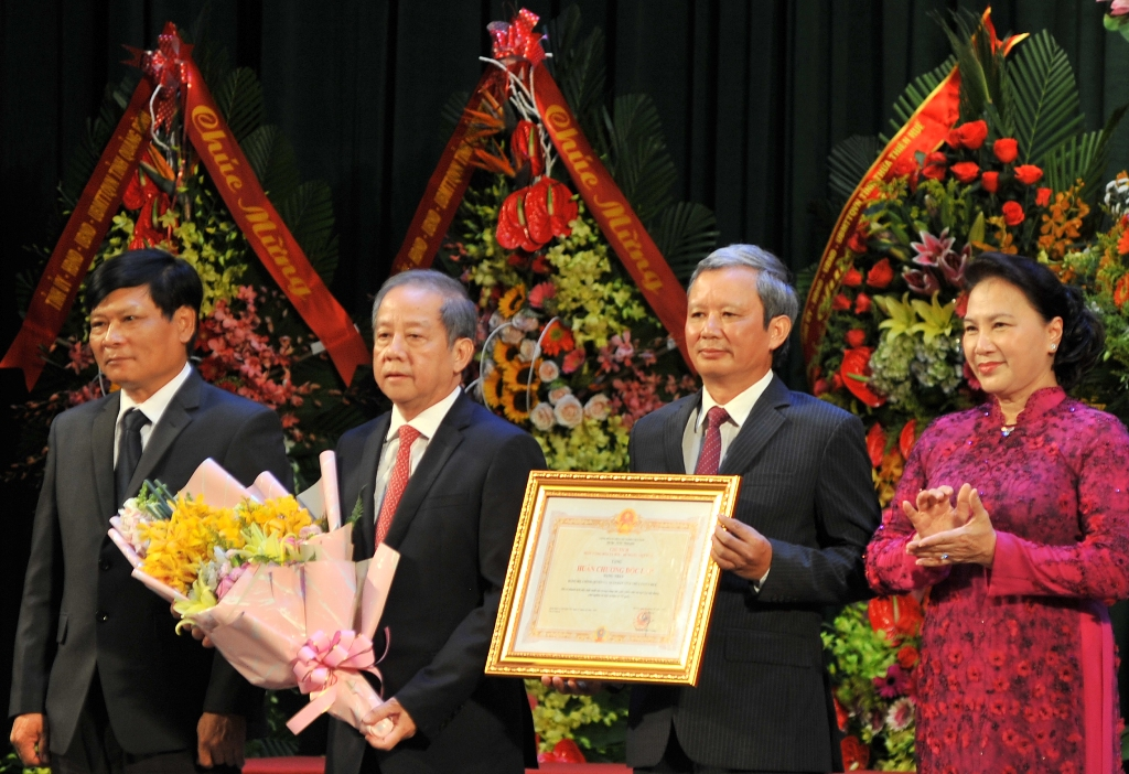 First-class Independence Medal is the recognition of the Party and the State of the achievements of Thua Thien Hue in recent years