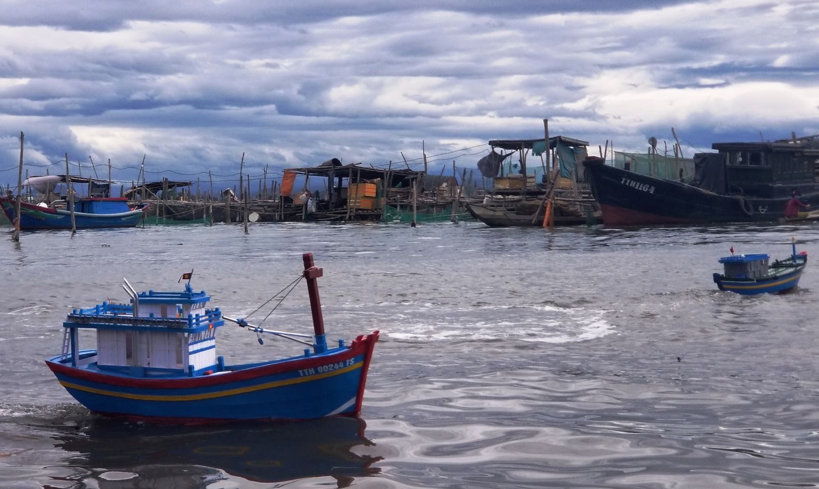 Model fishing vessels & the dream to reach the big sea