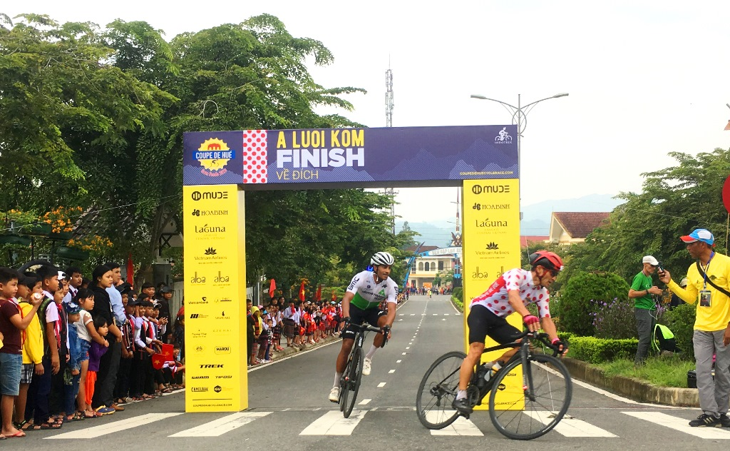 Javier Sarda was first at the A Luoi finish line and returned to finish in Phu Van Lau