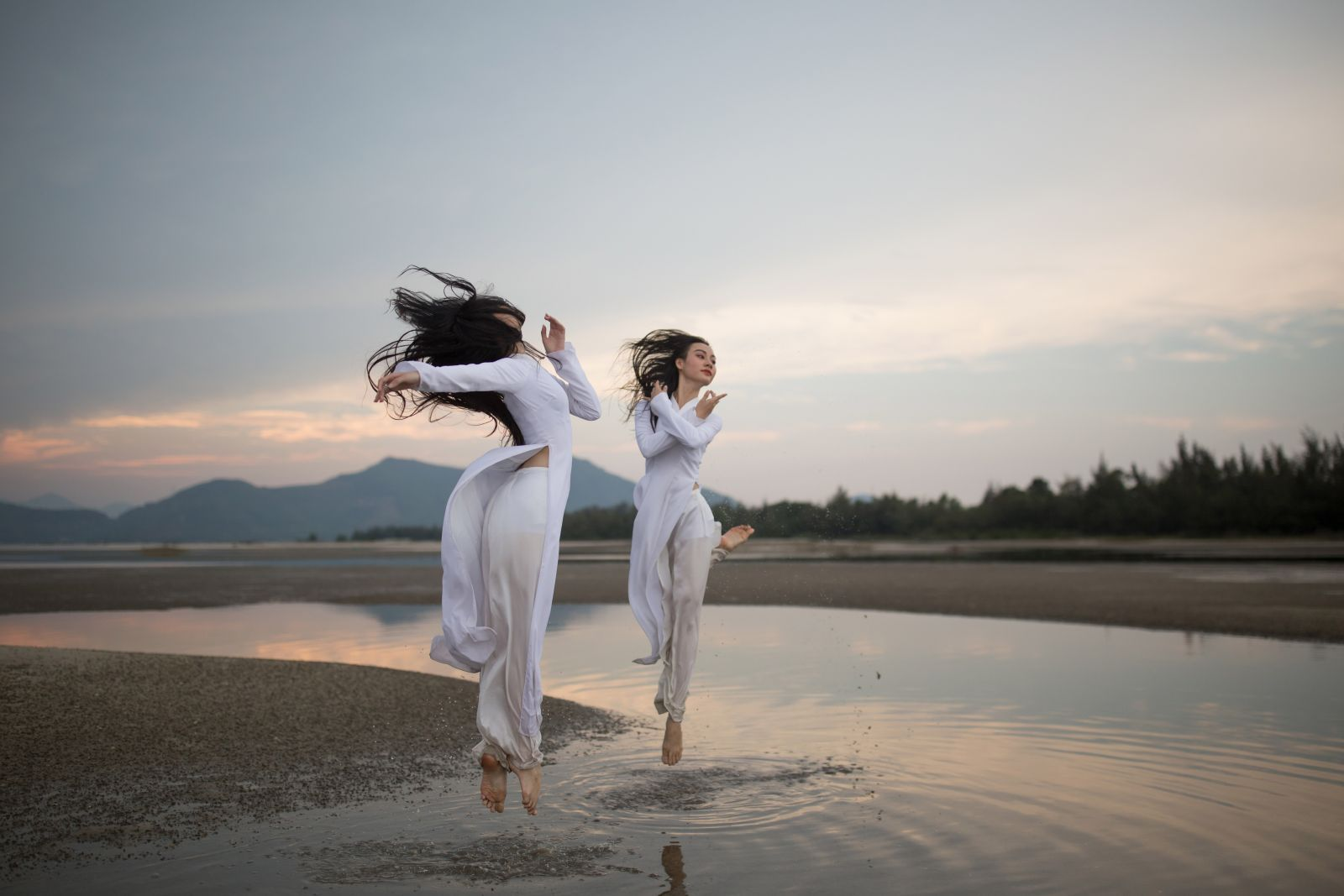 Dancing is not an art that is exclusive to the stage. The outdoors is the largest stage nature offers.