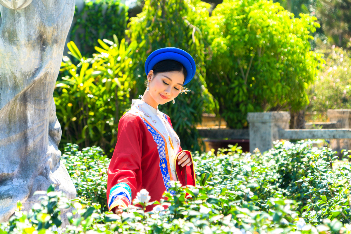 "This garden will turn into a place for visiting and taking photos when tourists come to Hue and visit the film studio of ""The Royal Bride 5"""