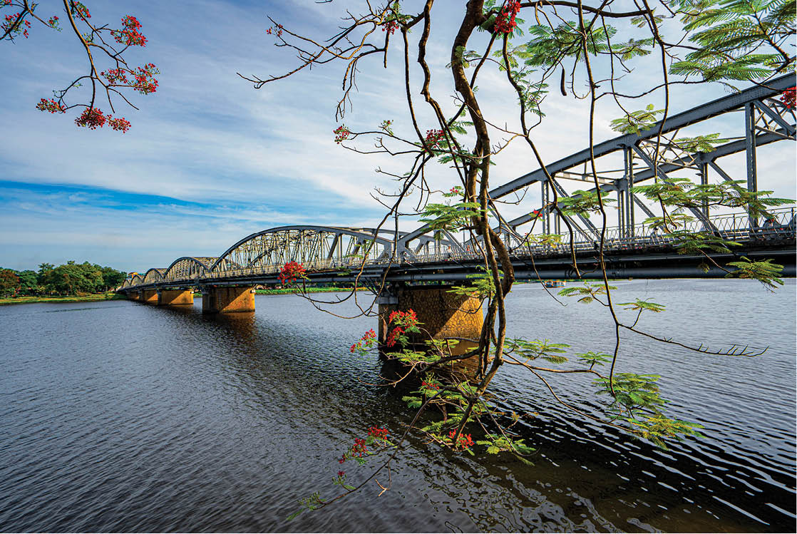 The Huong River – an endless source of inspiration
