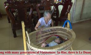 Traditional occupation of making rattan cradles preserved