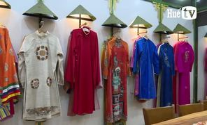 The return of the five-panel ao dai