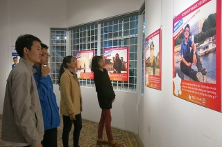 Photographic exhibition of studying in France opens in Hue
