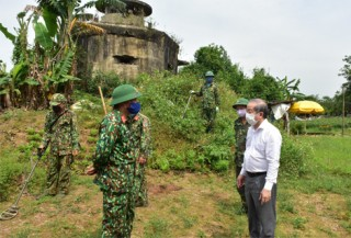 Speeding up the clearance of bomb and mine, returning ground to Hue monuments