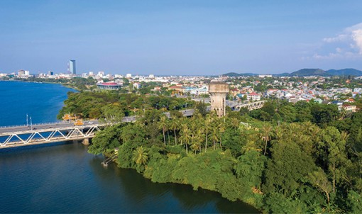 The city of Perfume River