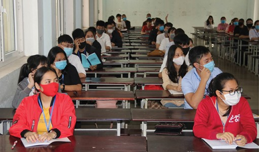 Hue University to receive overseas Vietnamese students and international students