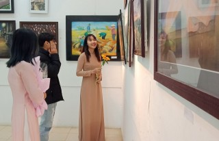 Nearly 70 fine art works displayed at Student Fine Art Exhibition