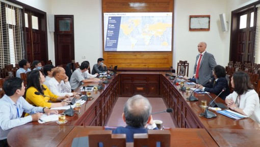 Oil and Gas Group ENI explores investment opportunities in Thua Thien Hue
