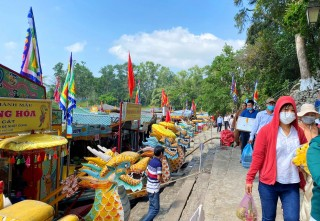 Hue Nam Shrine Festival returns after a 1-year hiatus due to COVID-19